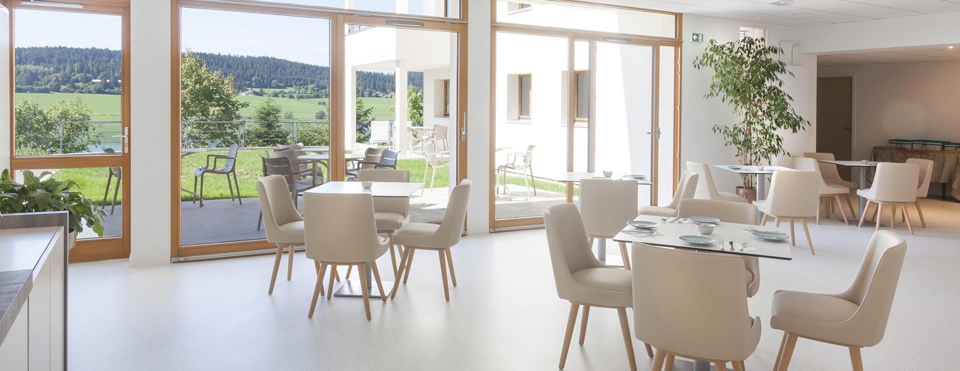 Petit-déjeuner hôtel spa Doubs